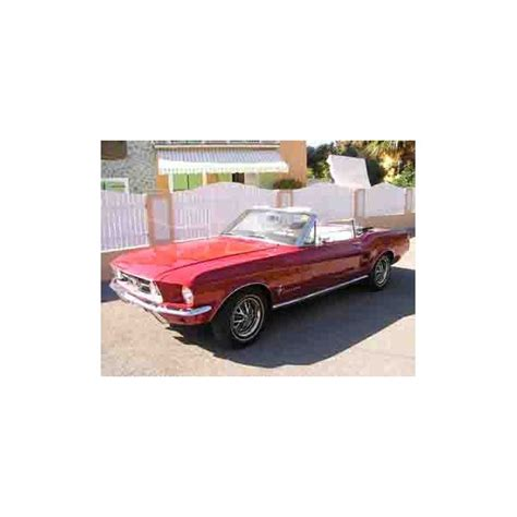 Location auto retro collection - Ford mustang cabriolet 1967