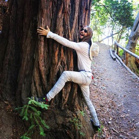 Jared Leto Is Tree Hugging Again! Let Round 2 of the