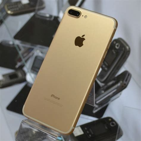 Apple iPhone 7 Plus 128GB Gold Excellent Used AT&T or