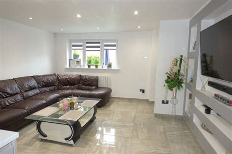 2 bedroom property for sale in Cheviot Close, Middleton