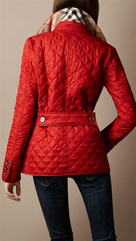 Quilted Burberry barn jacket in red | Burberry quilted