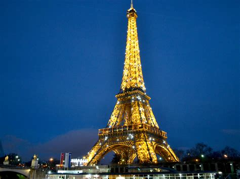 Discovering French culture and language: Paris and the Riviera